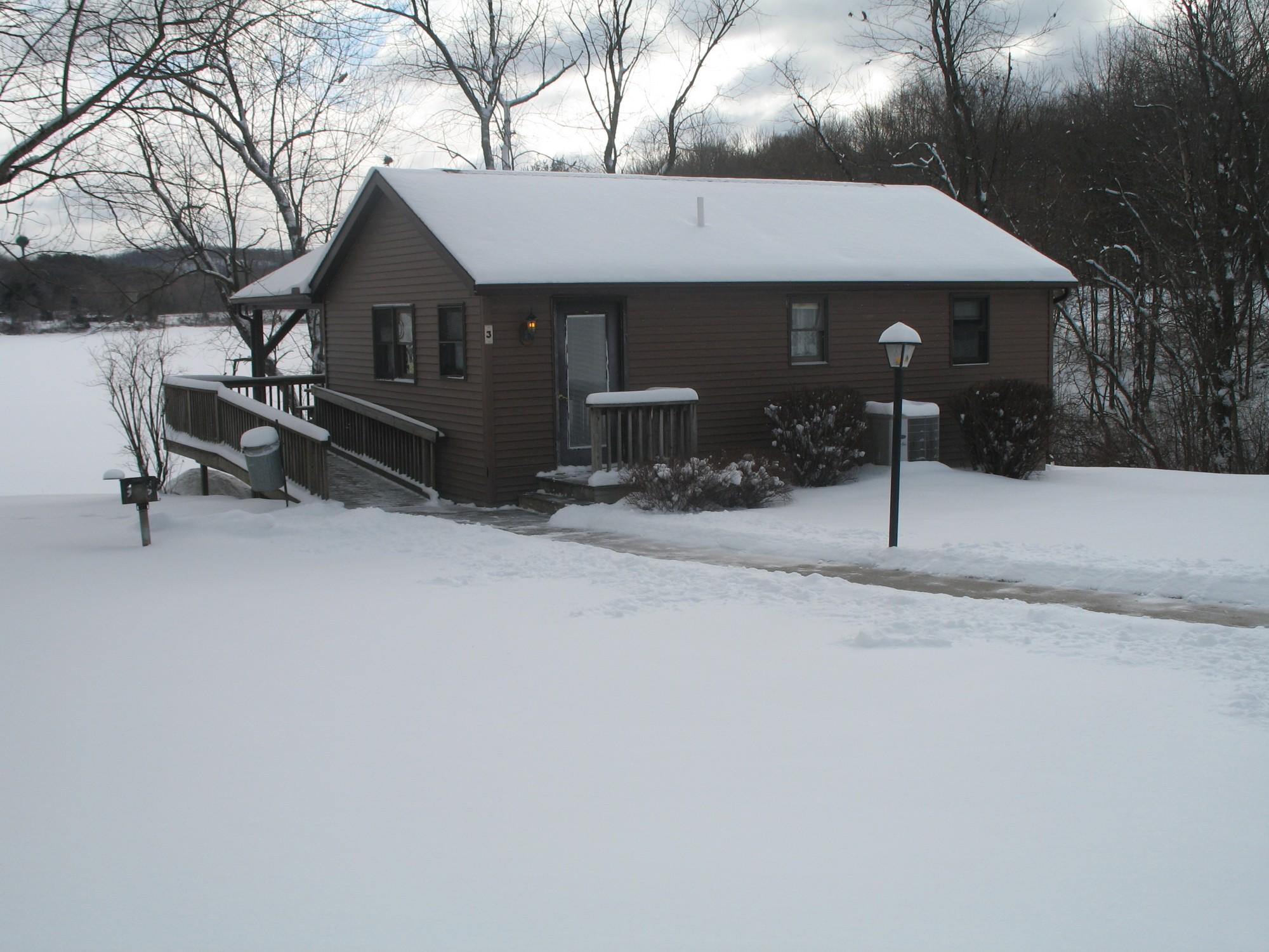 bear rentals lake creek cabin cabins crossing properties ohio locations resort